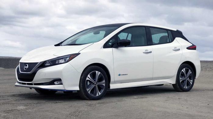 La Nissan Leaf fa parte del catalogo di auto disponibili con Nissan Switch.