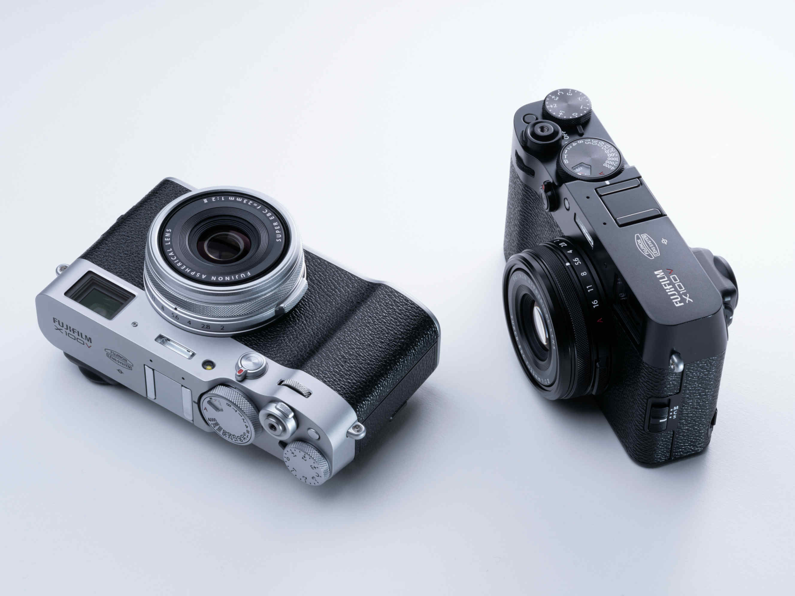 Fujifilm X100V: la compatta per street e travel si rinnova e migliora in tutto