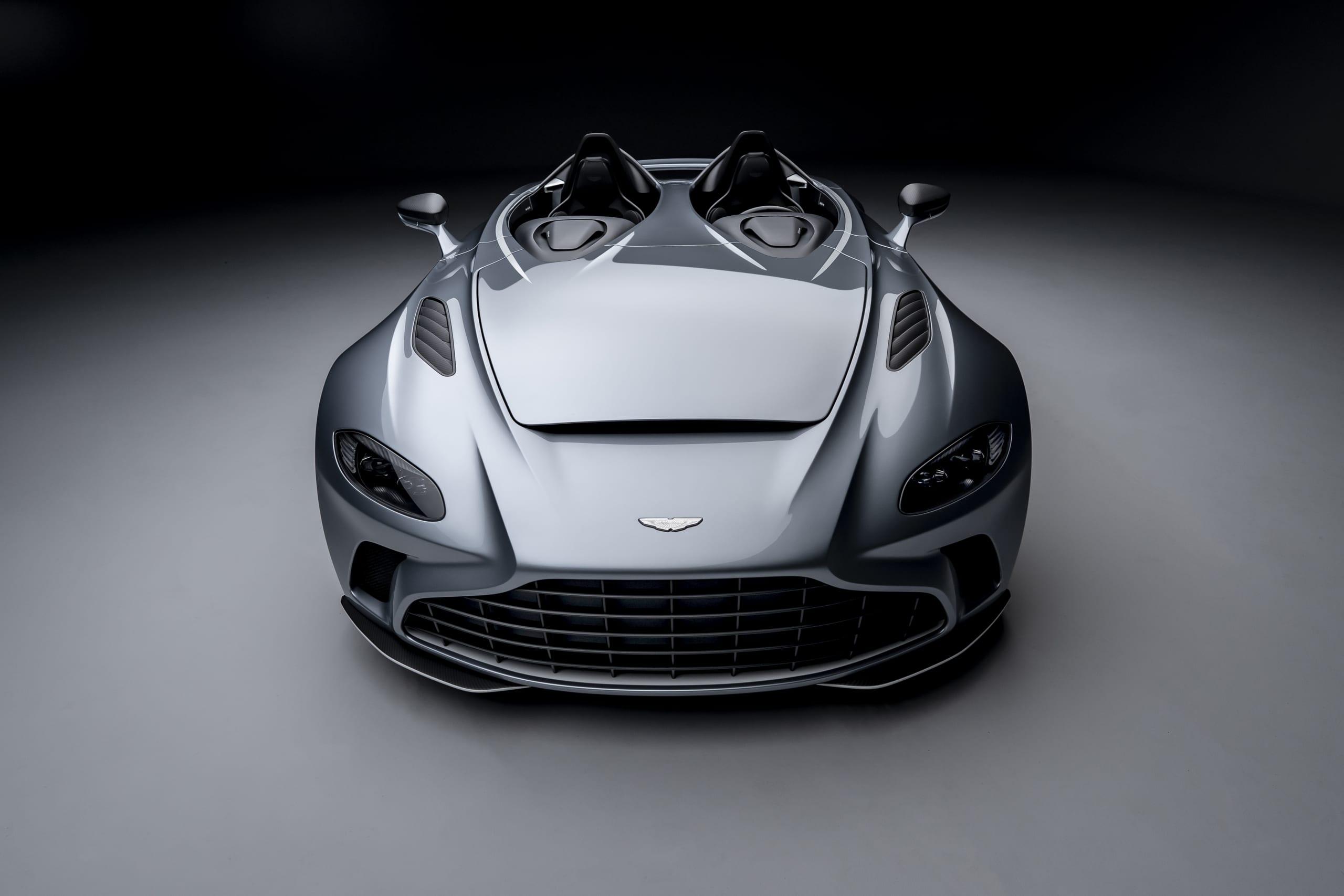 Aston Martin: prima sportiva elettrica nel 2025, si parla anche di una versione elettrica del DBX