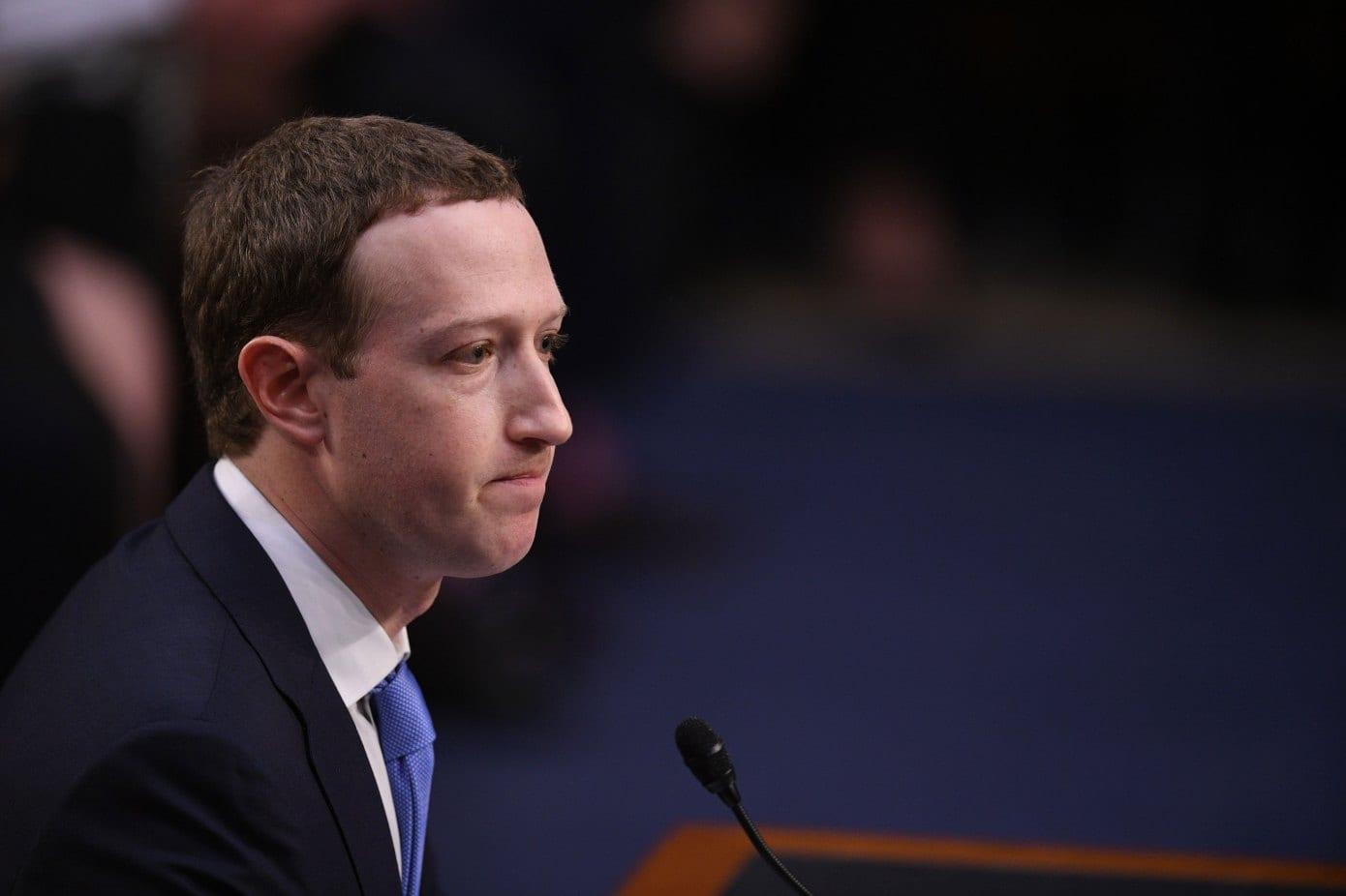 Il Comitato di Facebook chiede a internet che fare di Donald Trump