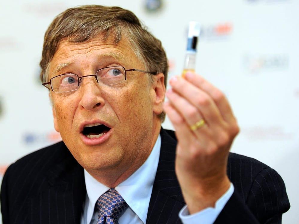 Il vaccino di Bill Gates Somministrato agli uomini