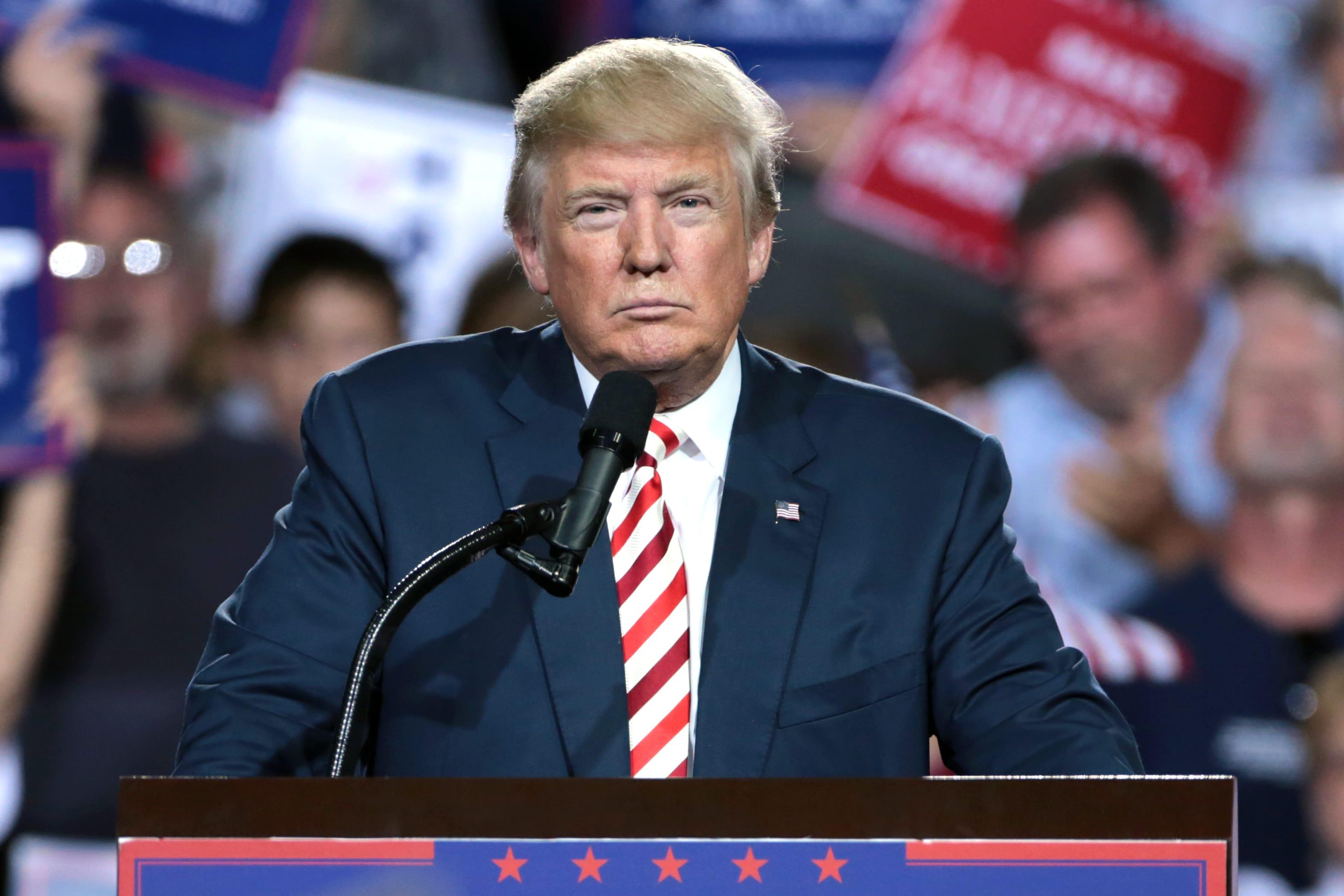 Donald Trump ritira gli Stati Uniti d'America dall'OMS