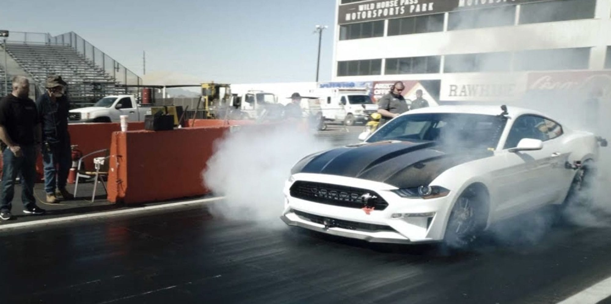 Ford Mustang Cobra Jet 1400, la super elettrica che fa i 400m in 8 secondi