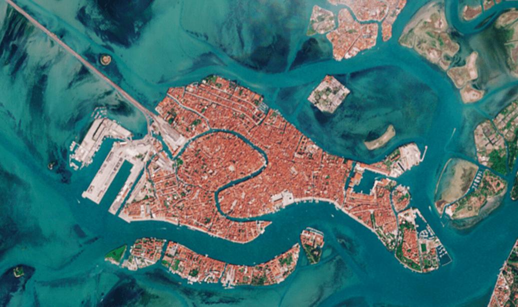 Laguna di Venezia: Sentinel 2 la fotografa deserta