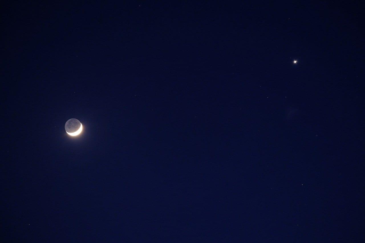 Luna e Venere: un abbraccio da non perdere