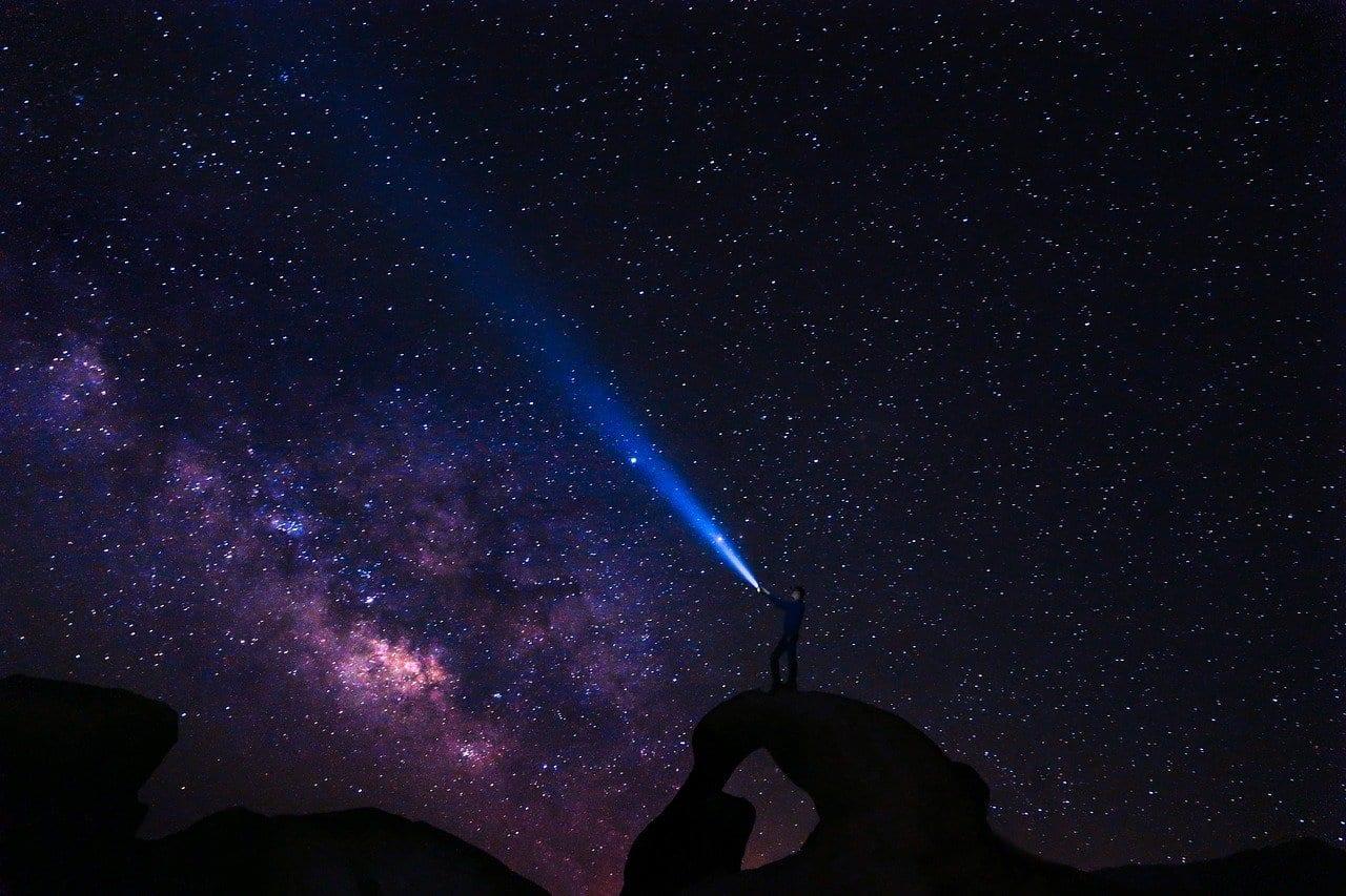 Oggetti interstellari: dal MIT un'idea geniale per osservarli