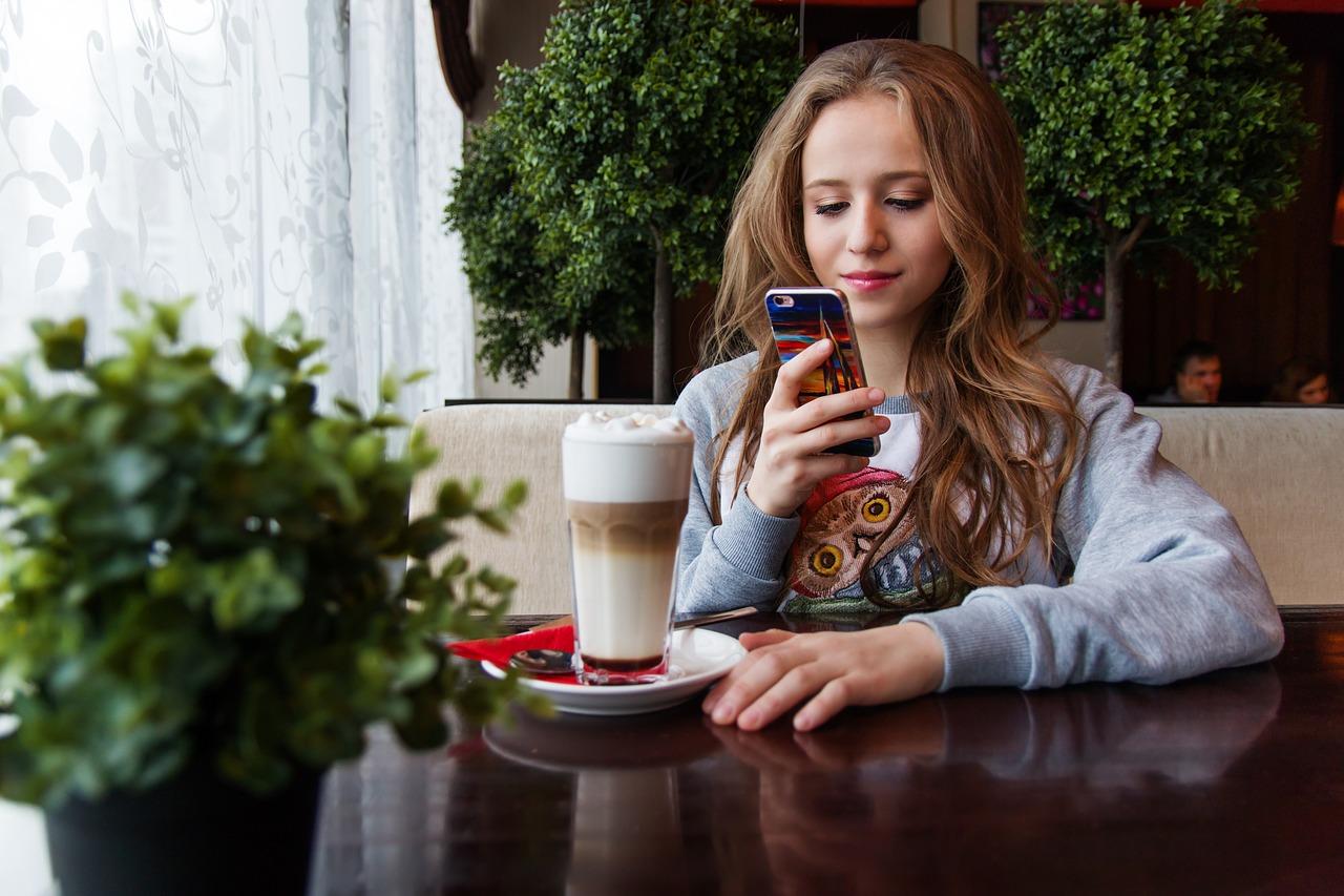 Generazione touch-screen: è capace a leggere le espressioni facciali?