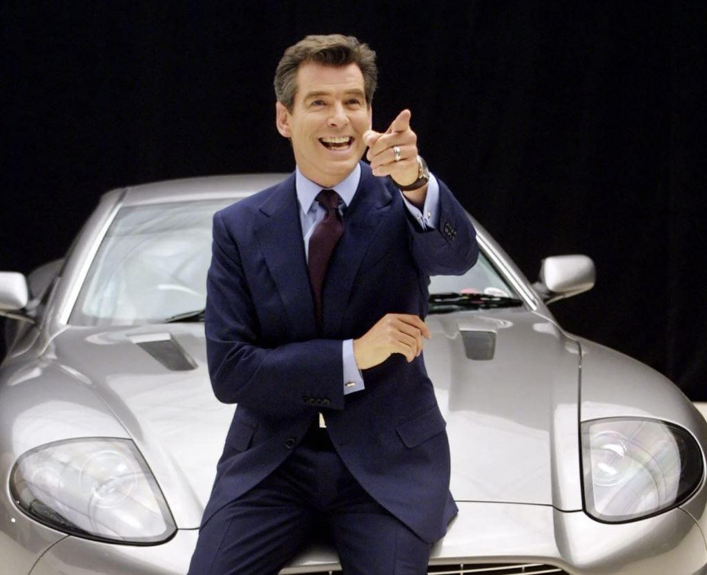 Quella volta che Pierce Brosnan litigò con Aston Martin per avere un'auto in omaggio