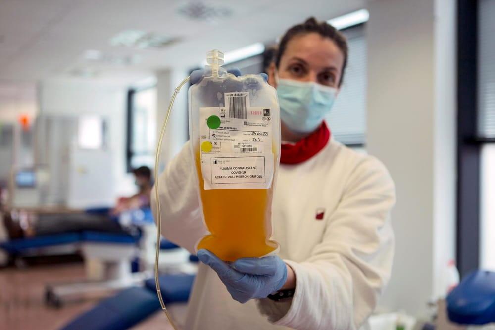 Plasma: la nuova promessa contro il Coronavirus tra bufale e realtà