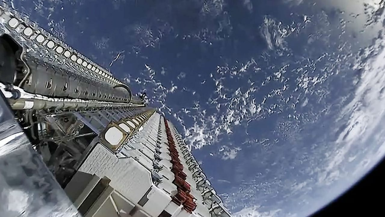 SpaceX Starlink sarà presto connesso ai veicoli in movimento