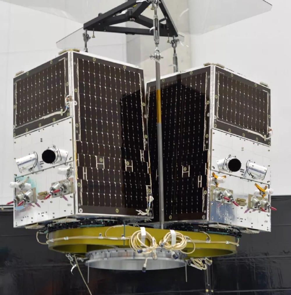 """SpaceX: il prossimo lancio Starlink porterà tre satelliti """"autostoppisti"""" (grandi come lavatrici)"""