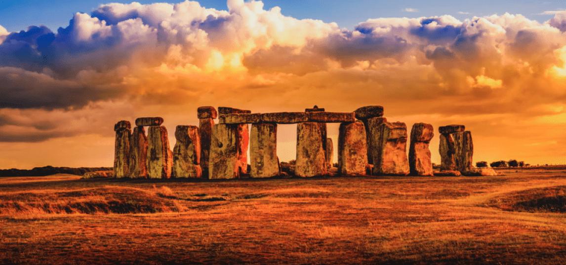 Stonehenge: un nuovo importante monumento preistorico trovato sottoterra