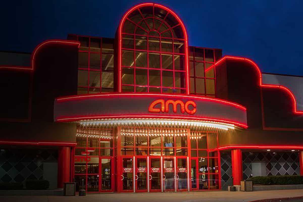 AMC consentirà di acquistare i biglietti del cinema con Bitcoin e altre crypto