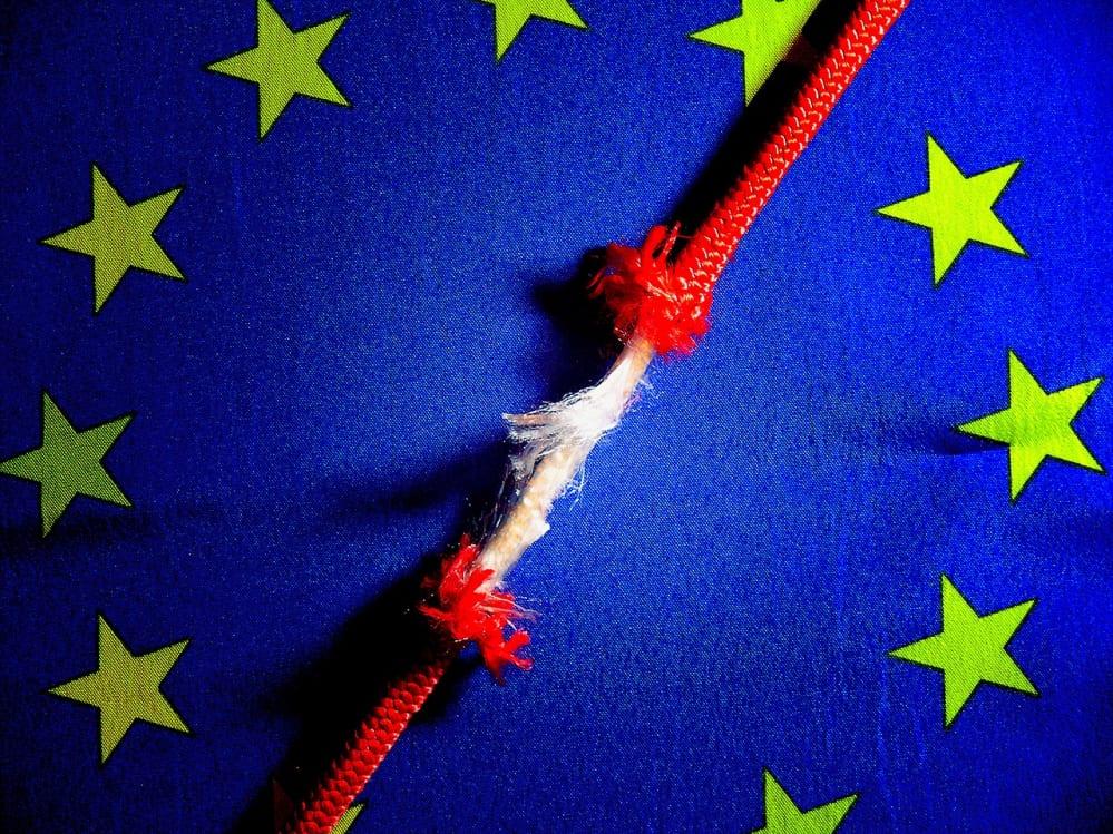 bandiera UE con corda