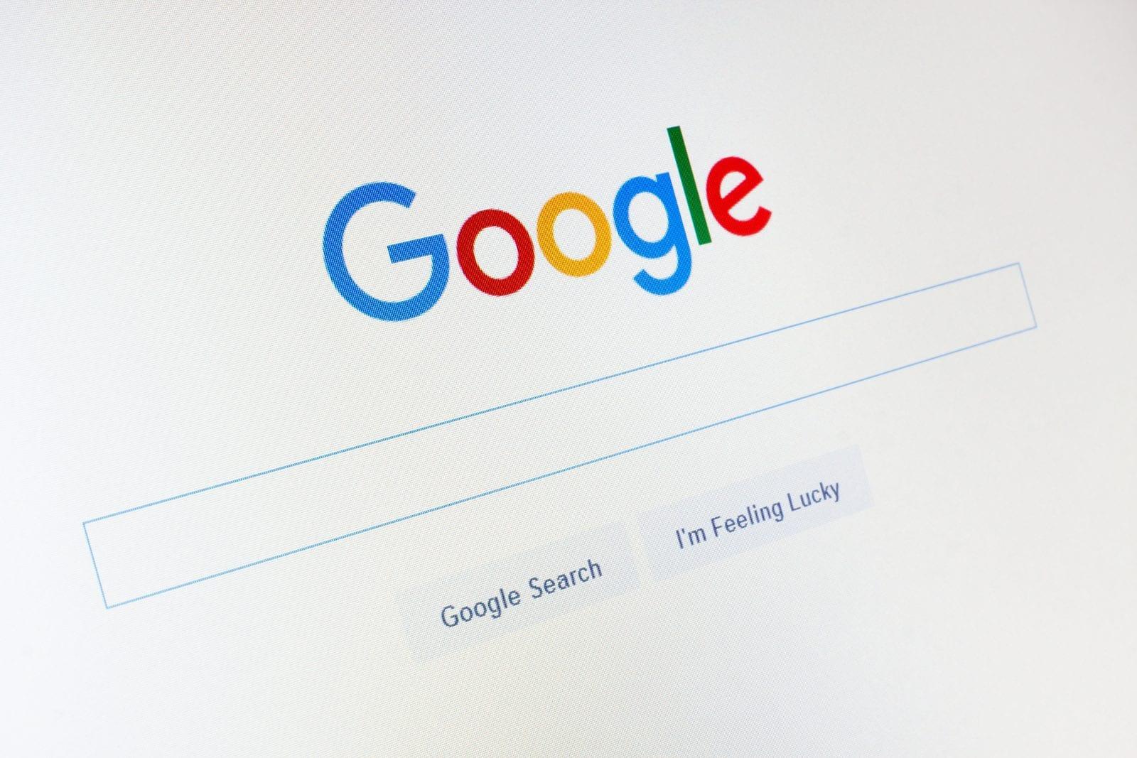 Google evidenzia (in giallo) i risultati delle ricerche all'interno dei siti