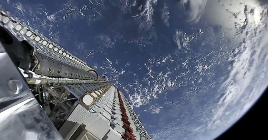 Starlink: SpaceX in attesa di risposta per iniziare ad operare in Canada