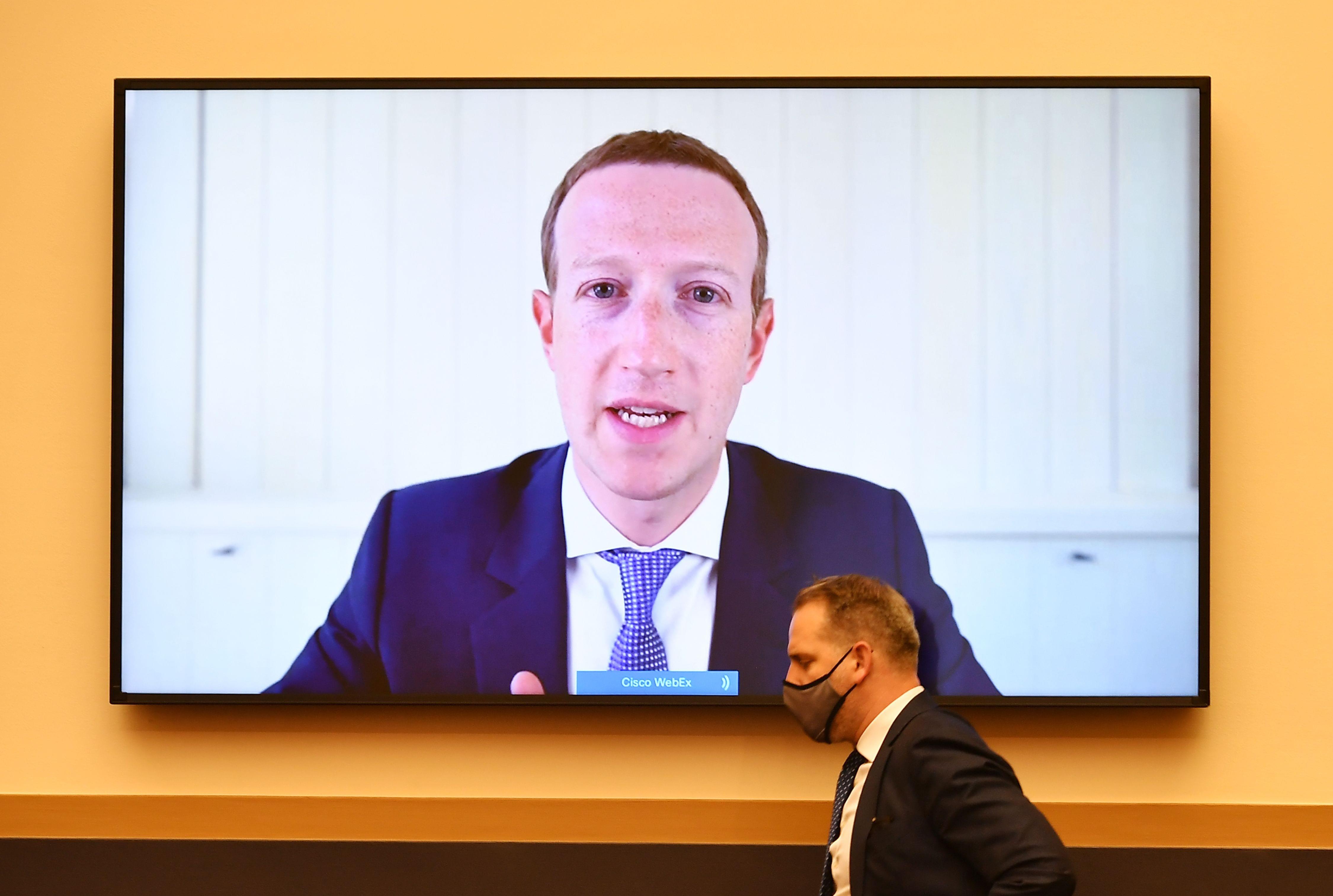 """Facebook ha nascosto il report sulla gestione di """"Stop the Steal"""""""