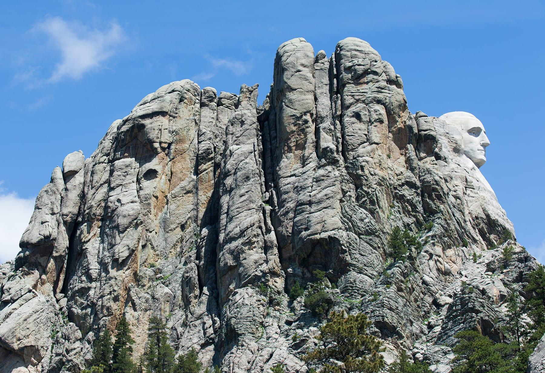 I Sioux contro la visita di Trump al Monte Rushmore