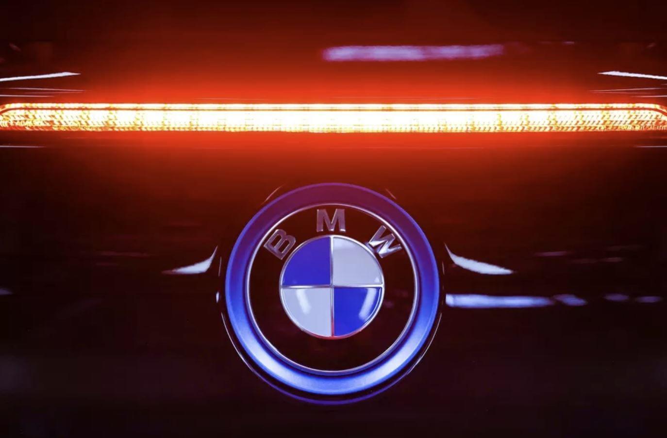 """BMW: """"le auto elettriche si assomigliano tutte"""", parola del CEO"""