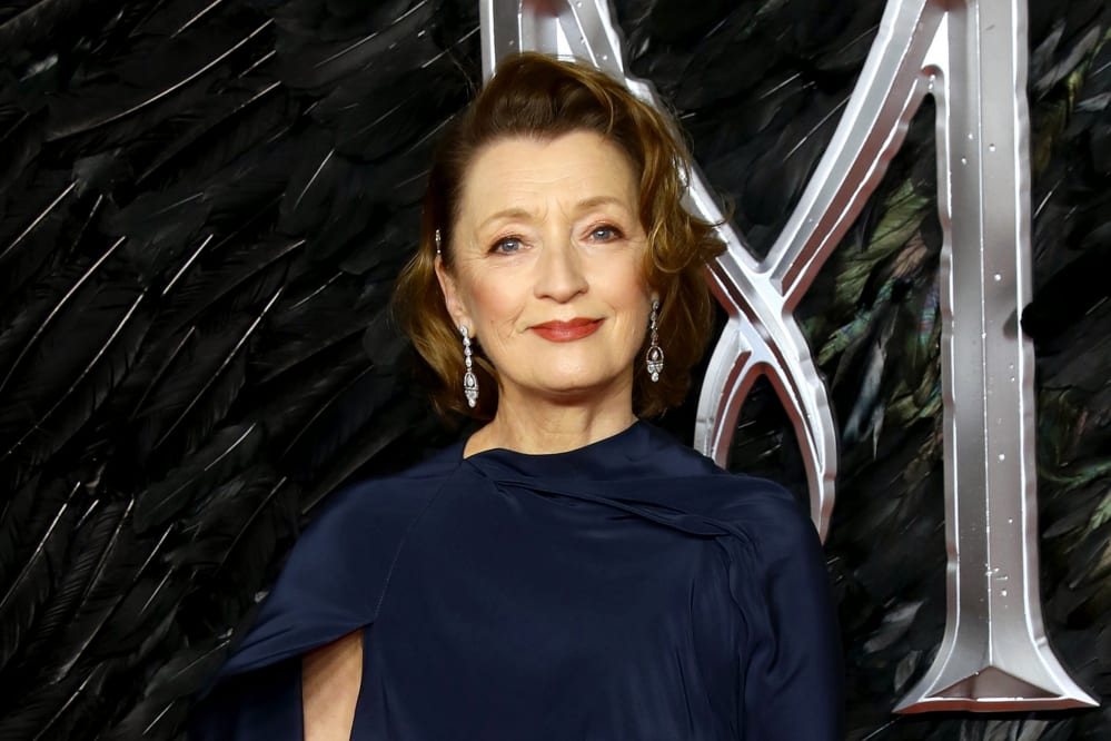 Lesley-Manville-The Crown