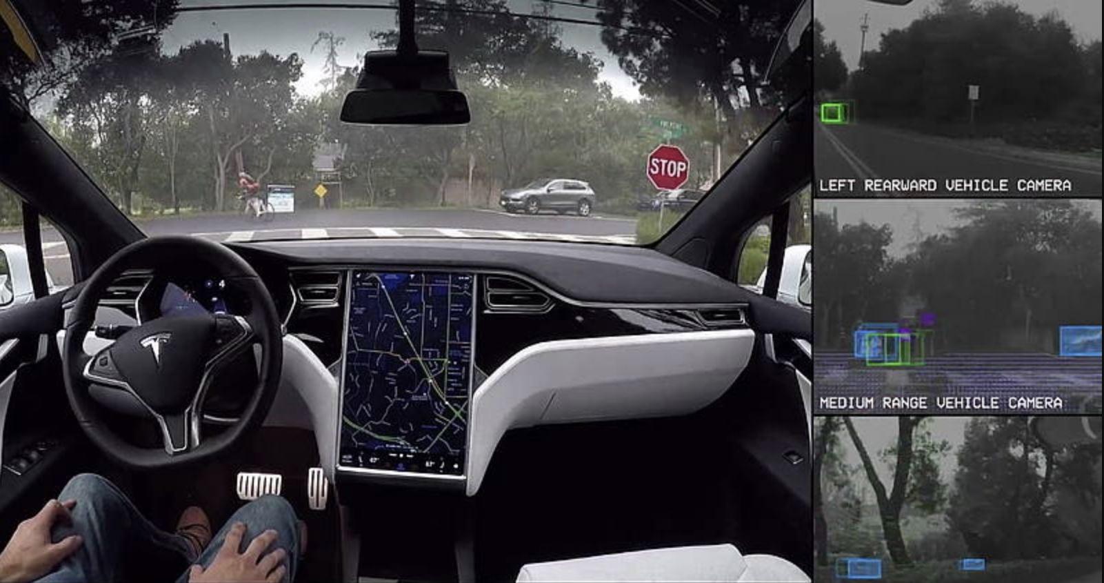 """Tesla bastonata dai giudici tedeschi: """"non deve usare l'espressione guida autonoma, è pubblicità ingannevole"""""""