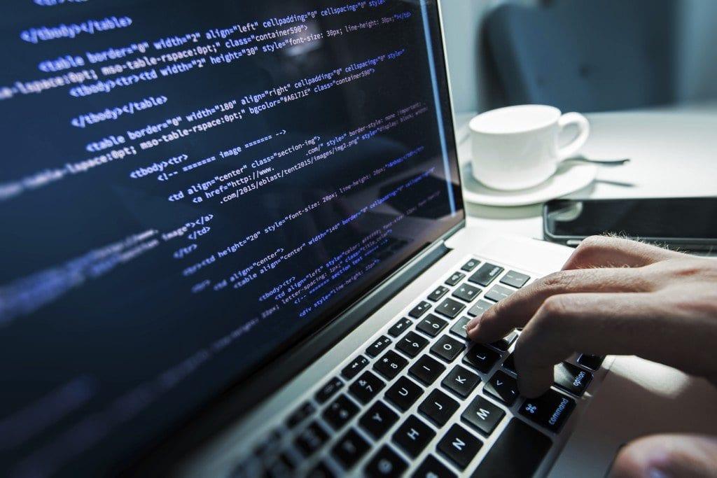 Linux, addio a master, slave e blacklist nei codici: proposte alternative politicamente corrette