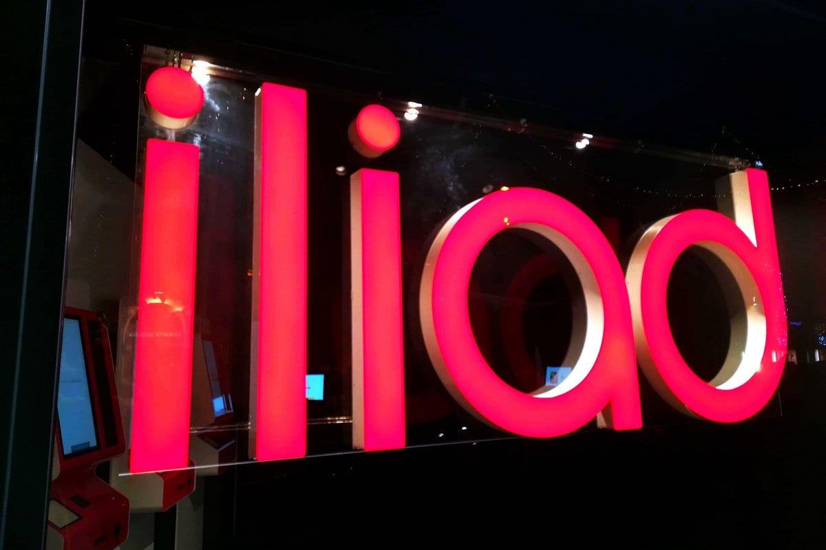 Iliad offre anche la fibra ottica: i francesi ricevono l'OK, saranno operatori di rete fissa in Italia