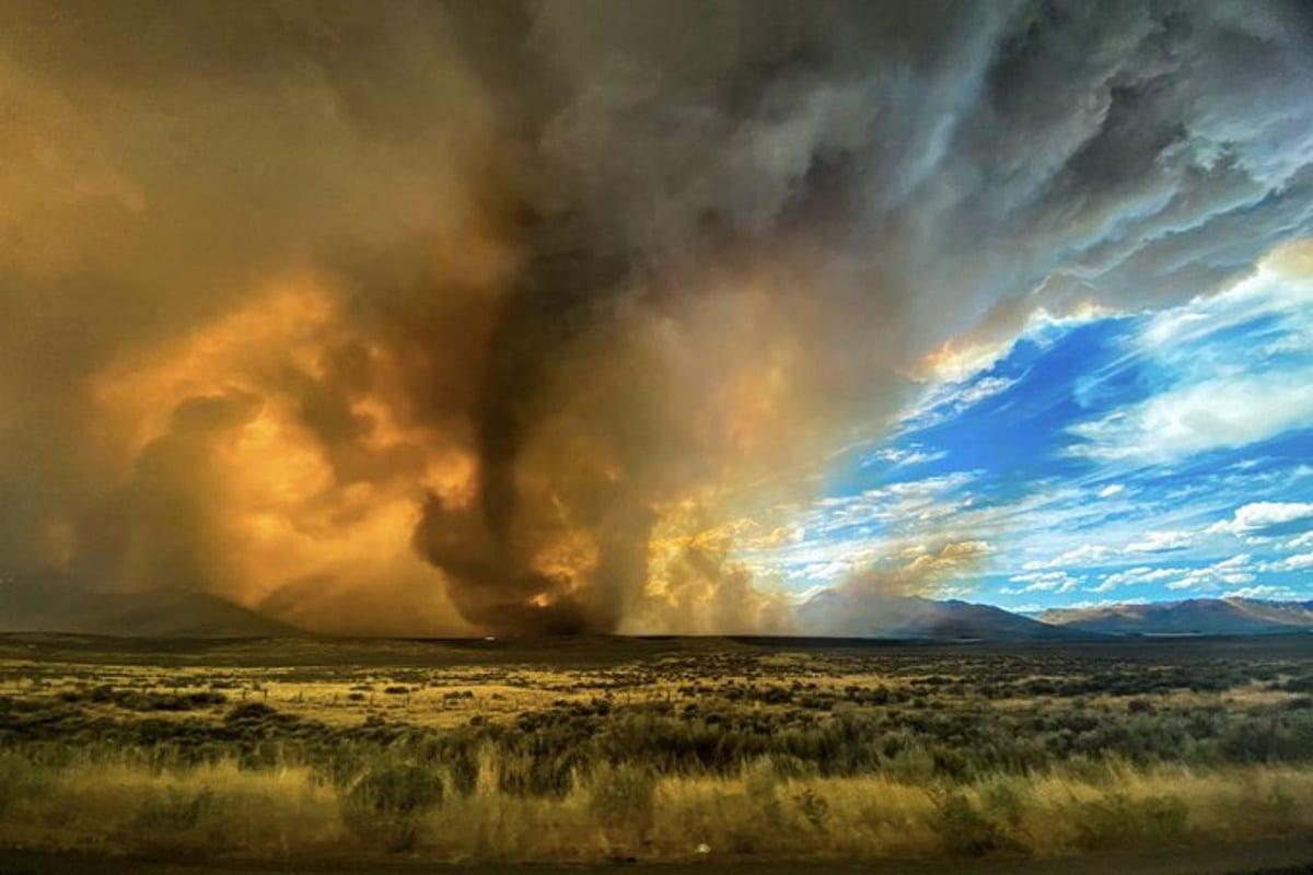 Firenado: un tornado di fuoco si abbatte sulla California