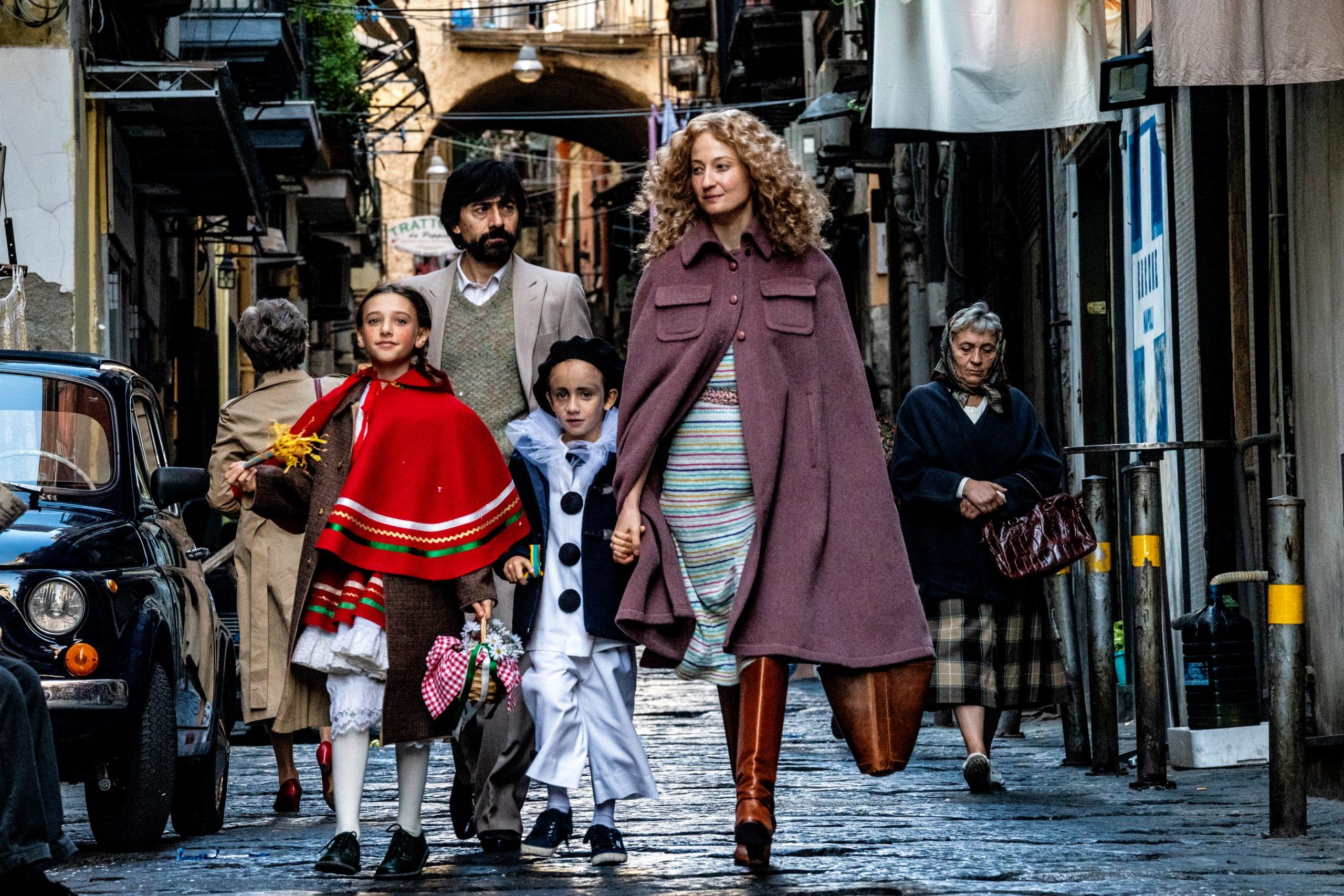 Lacci, la recensione: l'apertura di Venezia dal sapore borghese e drammatico