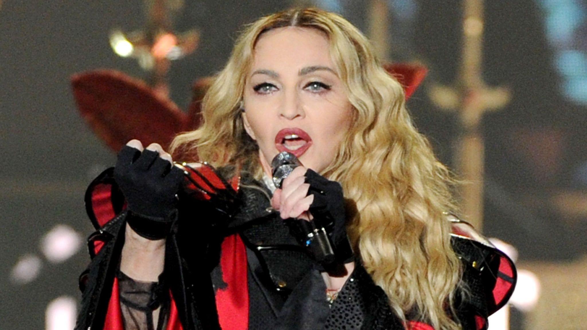 """Madonna rivela: """"Ho rifiutato di fare Catwoman, e potevo recitare in Matrix"""""""