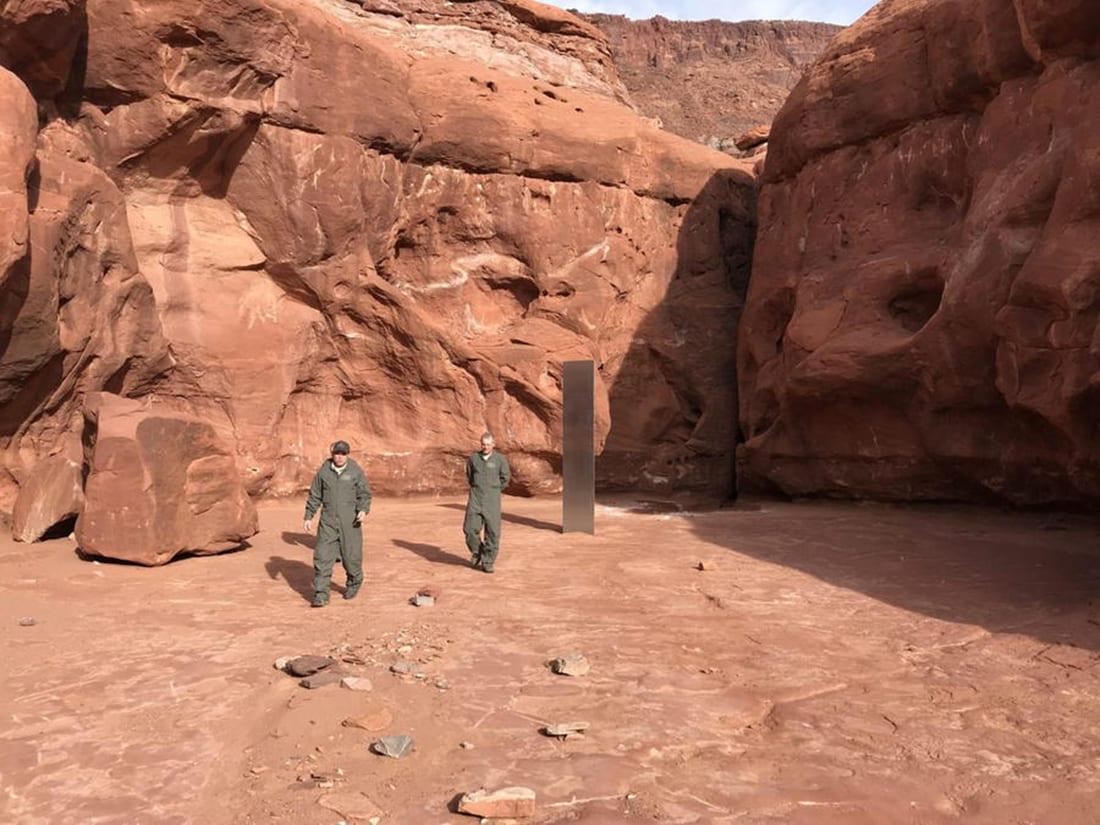 Scoperto un misterioso monolite di metallo nel deserto dello Utah