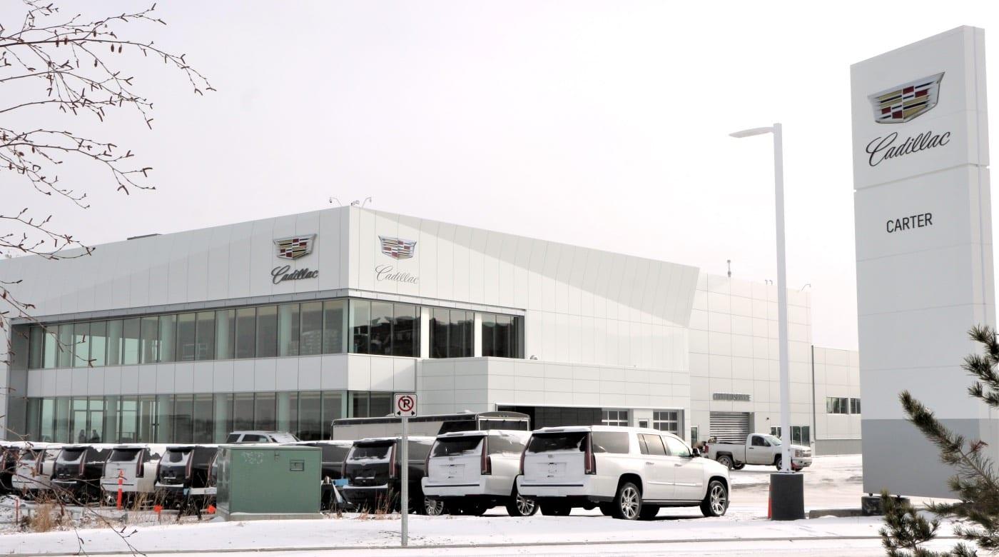 Cadillac ha perso 150 concessionarie: passare alle auto elettriche è troppo costoso
