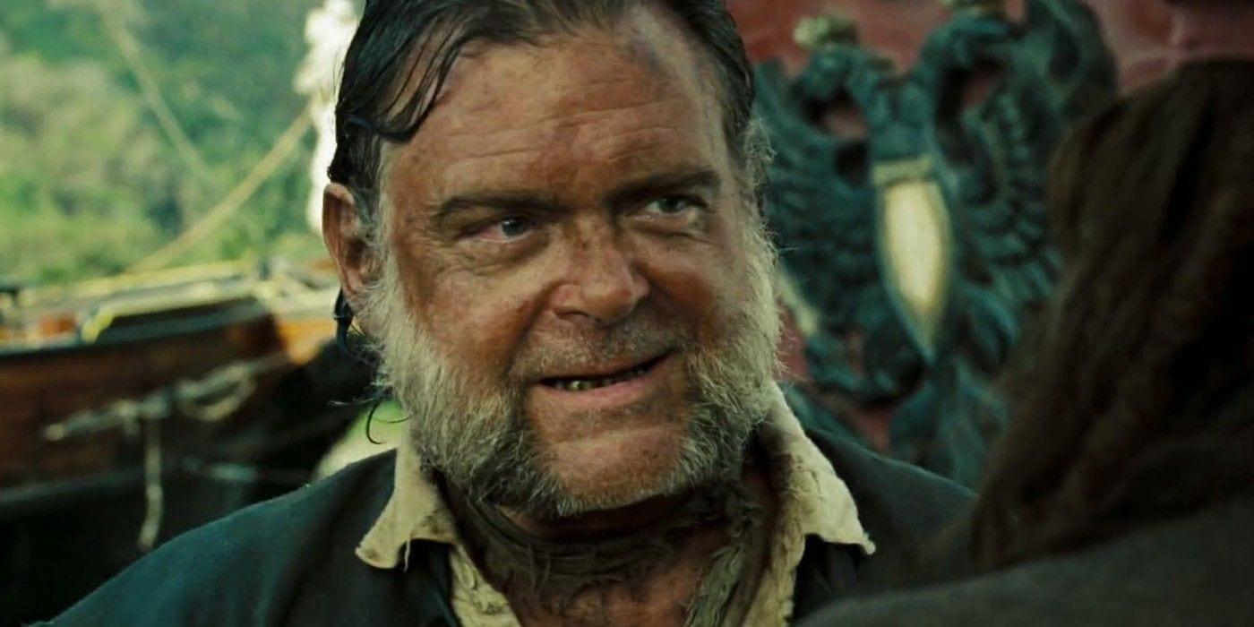 Johnny Depp dovrebbe essere in Pirati dei Caraibi 6, afferma Mr. Gibbs