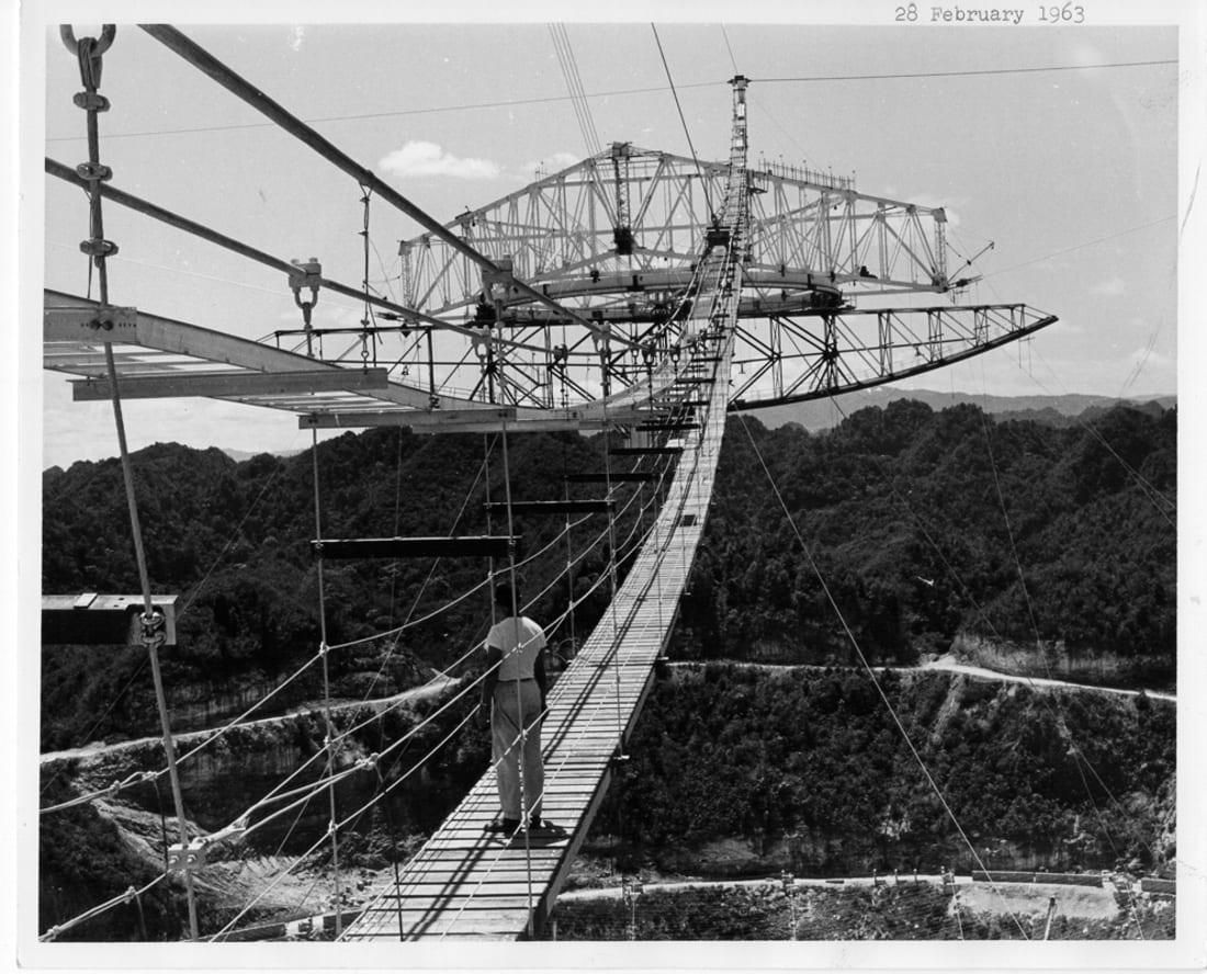 Arecibo: il radiotelescopio è definitivamente crollato