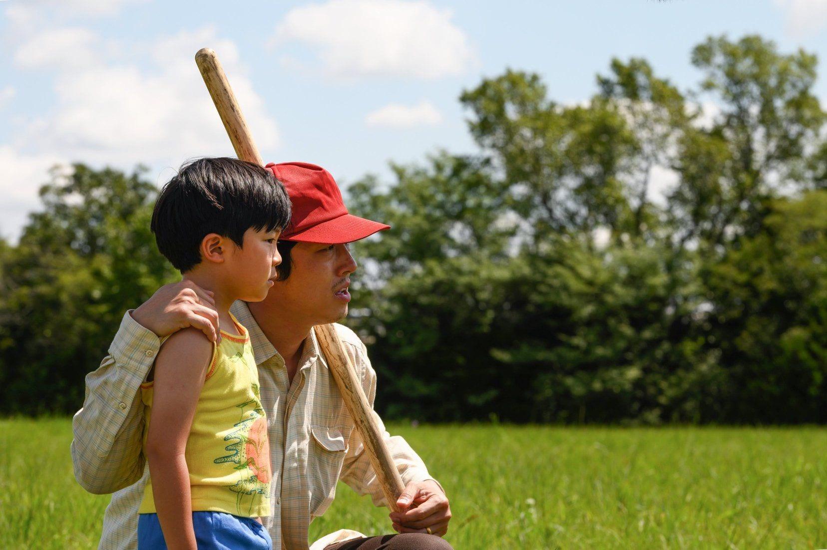 Minari: i Golden Globe lo escludono dalla categoria come miglior film