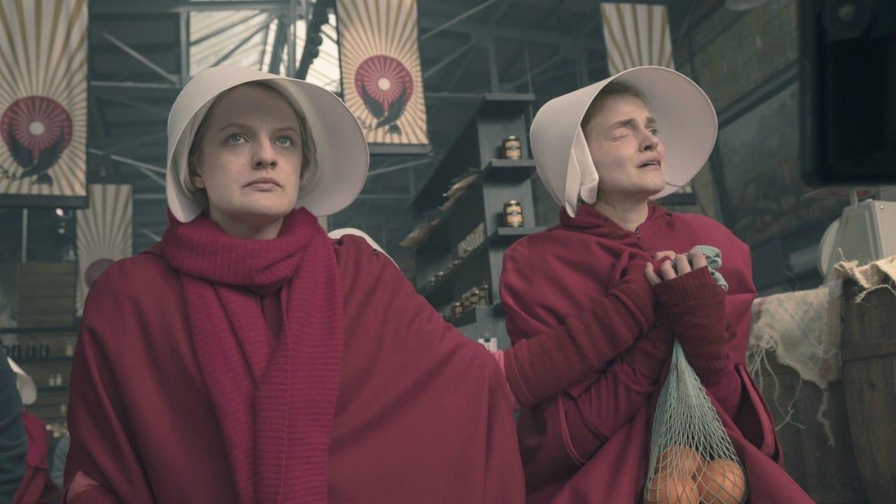 The Handmaid's Tale: la serie è stata rinnovata per una quinta stagione