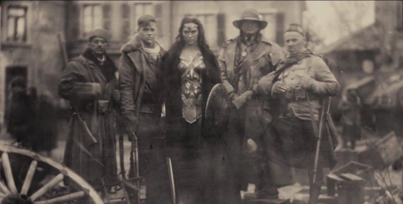 wonder woman, foto guerra