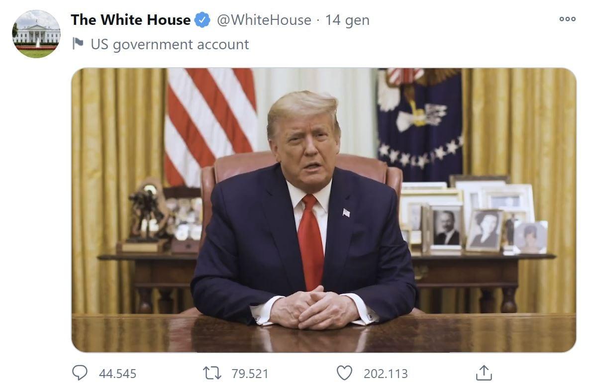 """Trump torna su Twitter con un video, il social: """"non lo cancelleremo"""""""