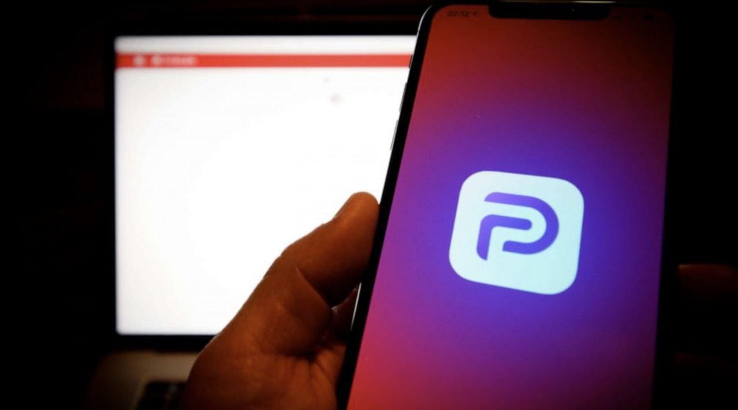 App Store: Apple è pronta a riaccogliere Parler