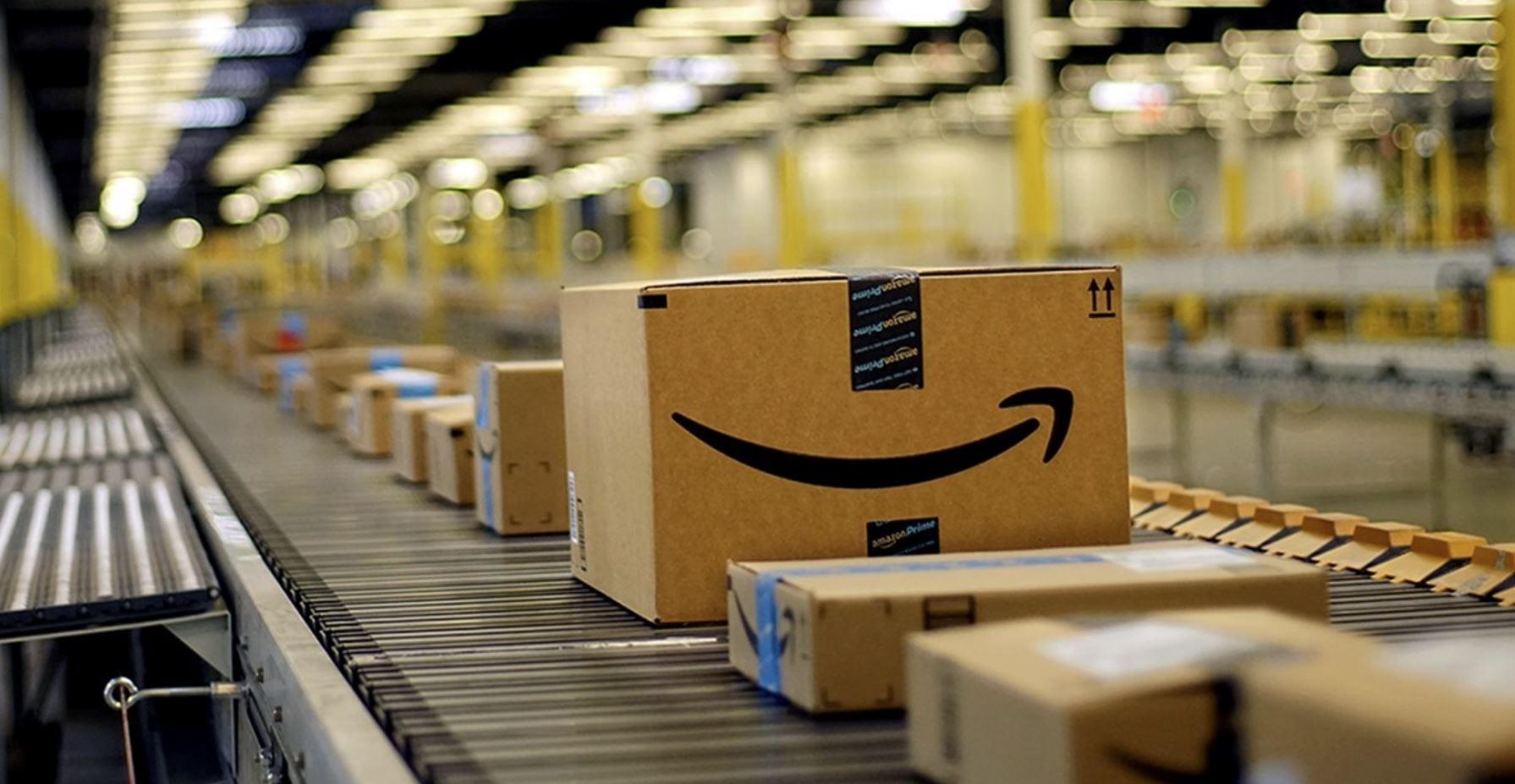 """Amazon chiede scusa per le recenti """"imprecisioni"""" su Twitter"""