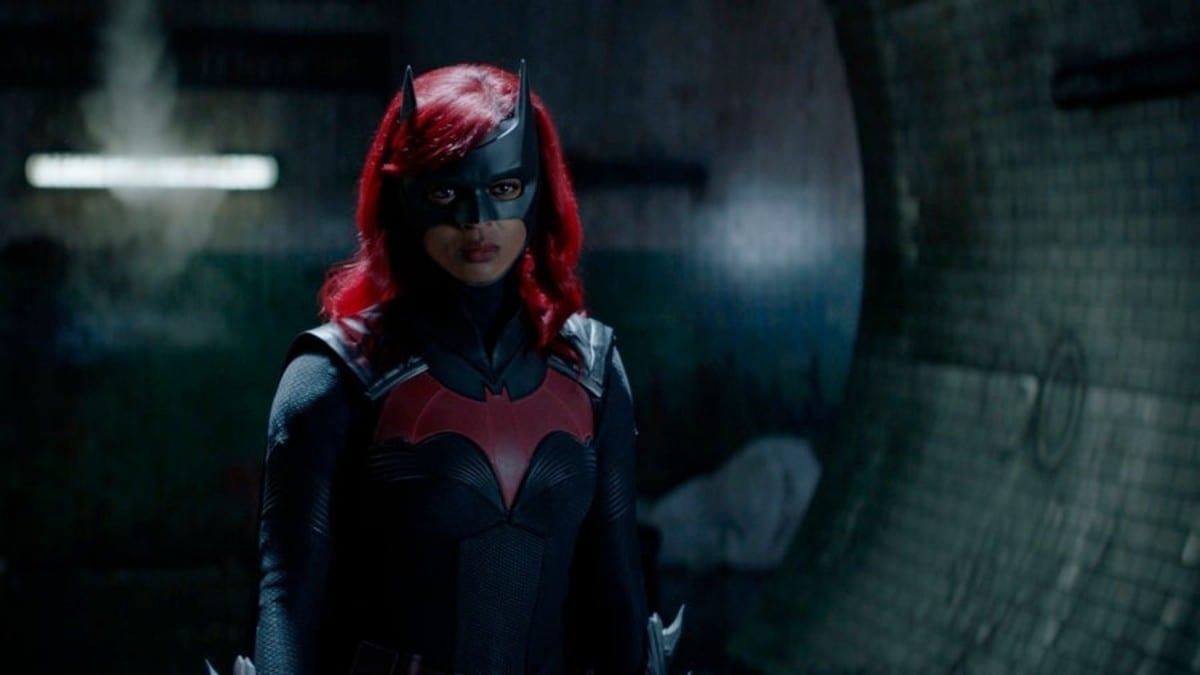 Batwoman 2: nuove immagini del pilot della serie The CW