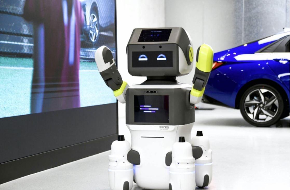 Hyundai DAL-e: il robot debutta nelle concessionarie del brand