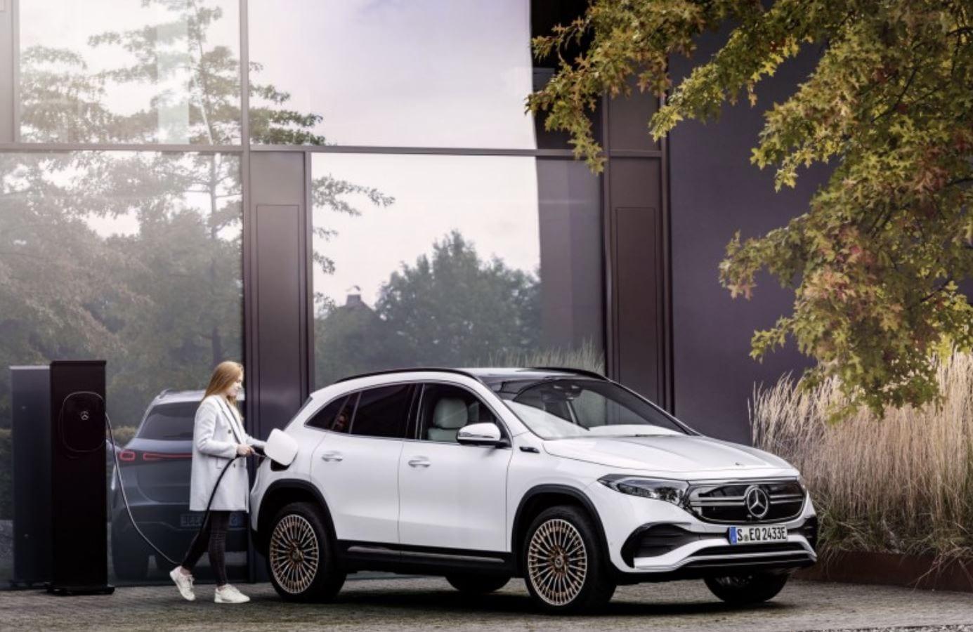 Mercedes-Benz EQA, SUV compatto, elettrico ed entry-level: si parte da 39.000€