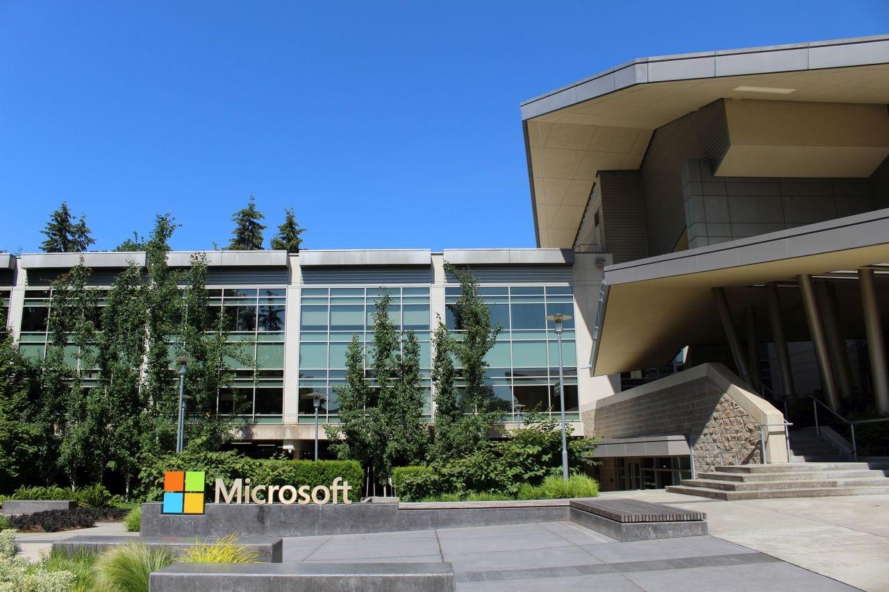 Microsoft rimanda il lavoro in presenza a inizio settembre