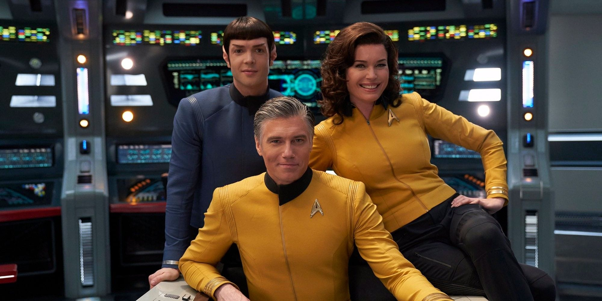 Star Trek: Ethan Peck a Toronto per le riprese di Strange New Worlds