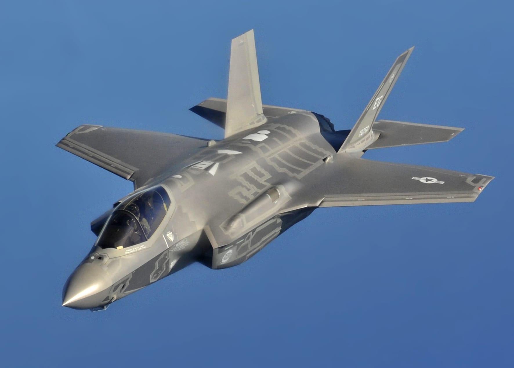 "USA, i jet militari F-35 sono ""Ferrari"" da tenere in garage"