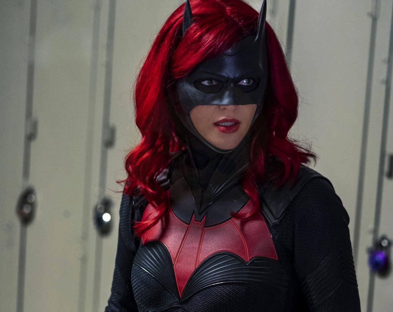 Batwoman 2: rivelato un nuovo personaggio nell'episodio Gore on Canvas