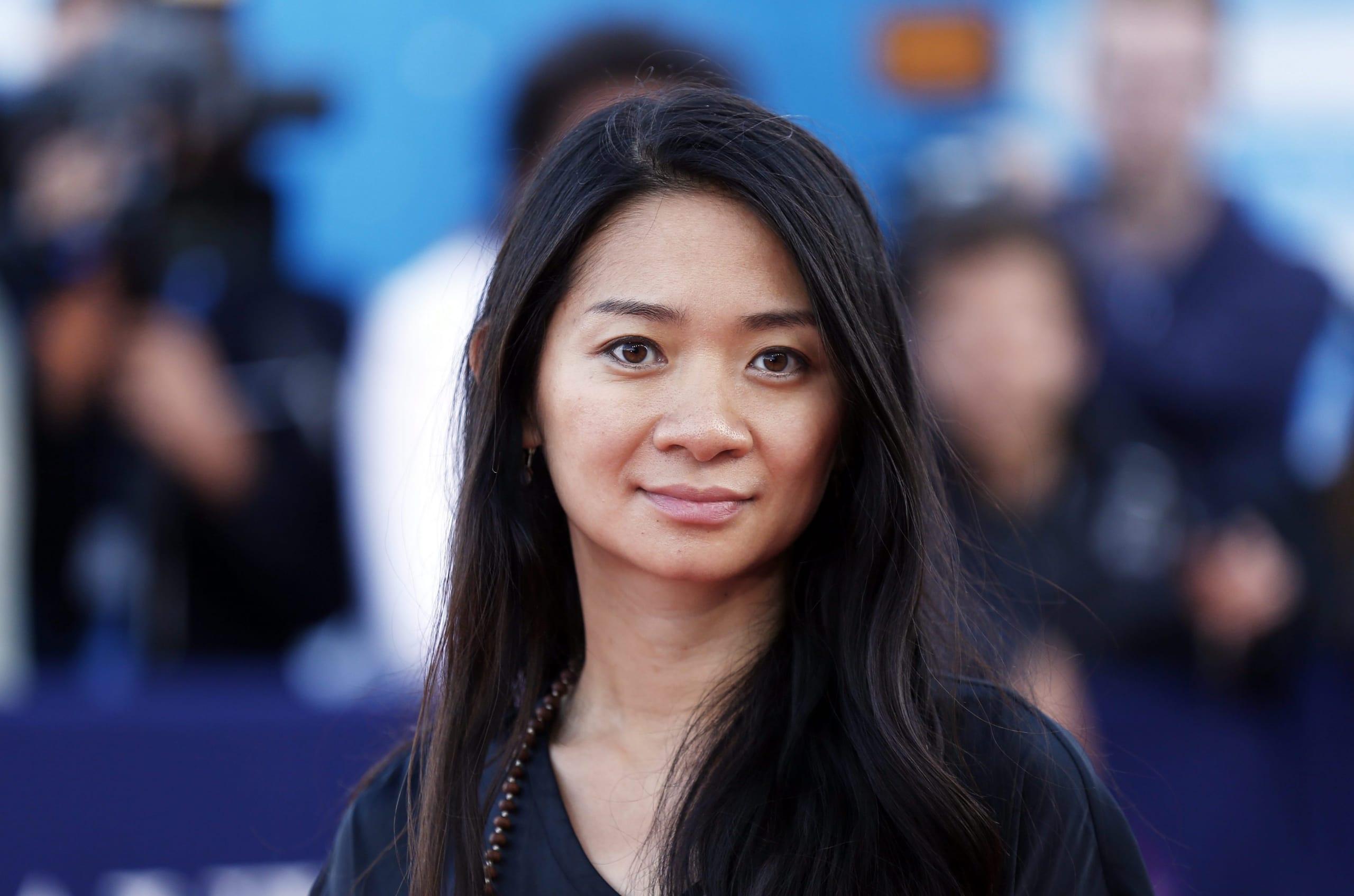 Dracula: Chloé Zhao dirigerà il film sci-fi western per la Universal
