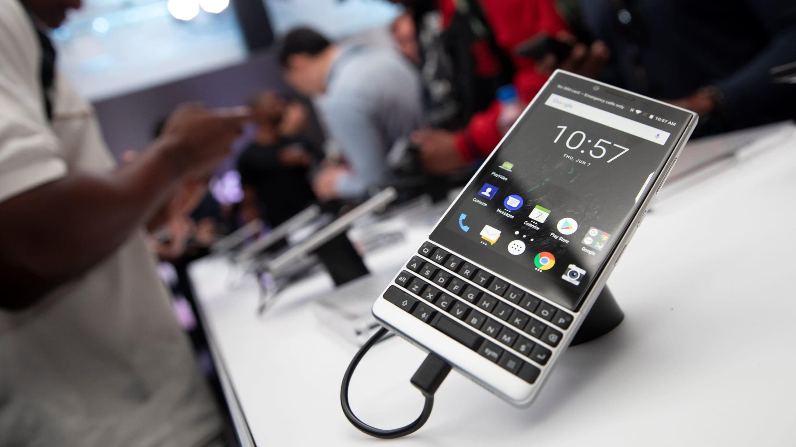 BlackBerry sta per tornare: nuovo smartphone 5G con tastiera fisica