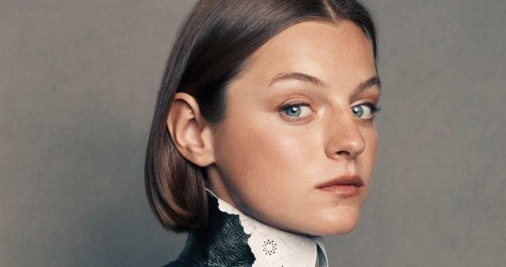 Emma Corrin reciterà nel dramma romantico Lady Chatterley's Lover
